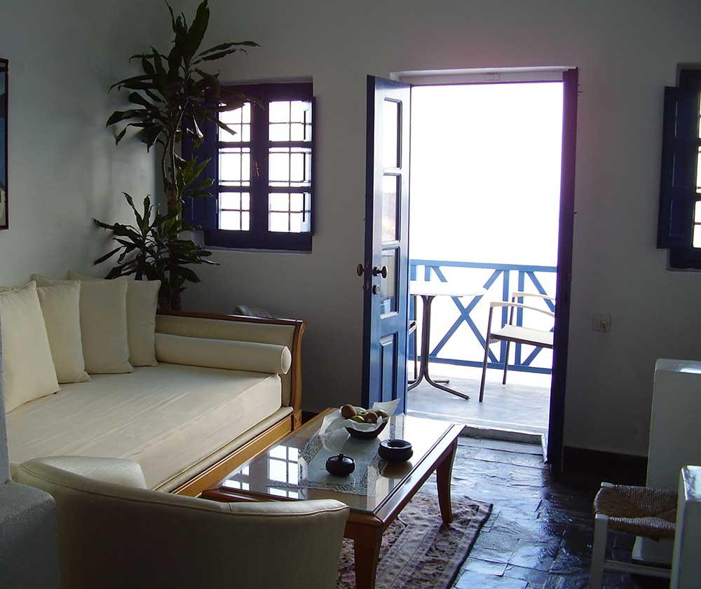 Studio for 4 sofa - single bed