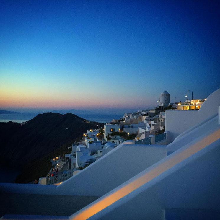 Sunset colors in Imerovigli